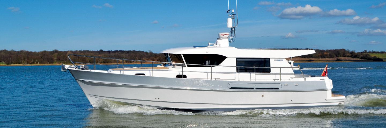 Hardy 40ds deck saloon motor boat